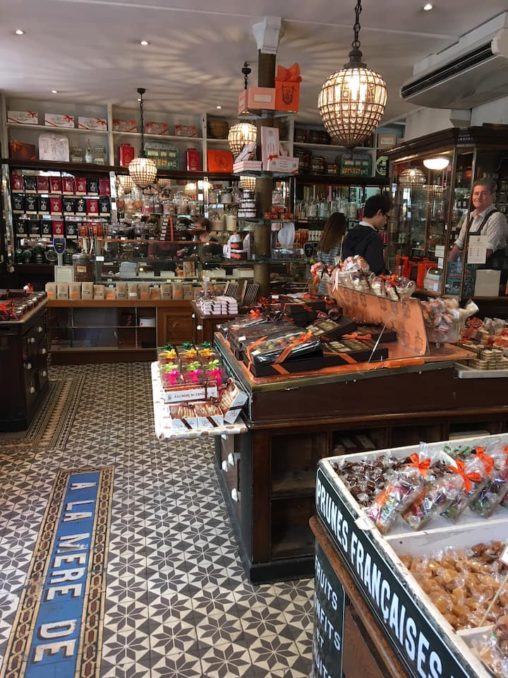 Try delicious chocolates - since 1761!
