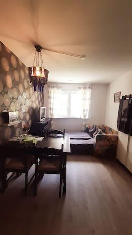 Gemütliches & ruhiges Zimmer im Erdgeschoss