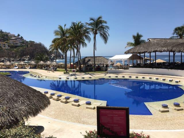 Luxury 2 Bedroom Suite With Beautiful Ocean Views - Oaxaca - Guest suite
