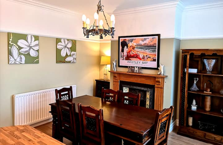 Whitley Bay Stylish House 3 Bedrooms (Near Beach)