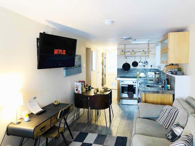 Near NEC & Airport, Ground floor private apartment