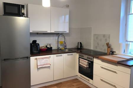Gemütliche Wohnung in Hafennähe - Rostock - Lägenhet