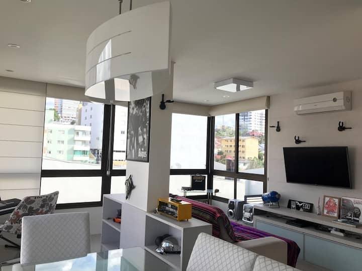 Apartamento mobiliado em excelente localização