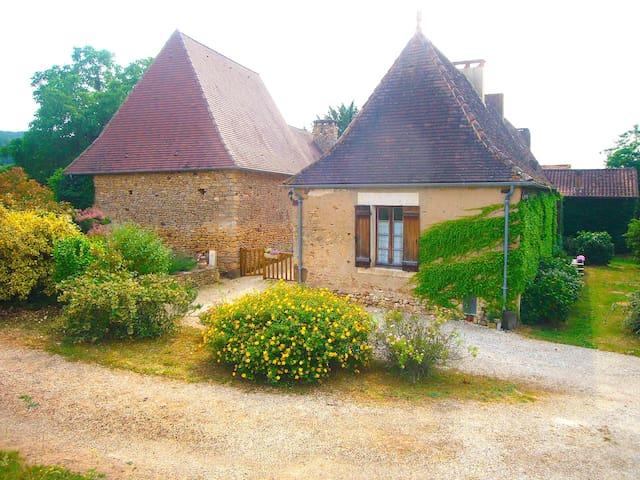Maison perigourdine du 18è siècle - Siorac-en-Périgord