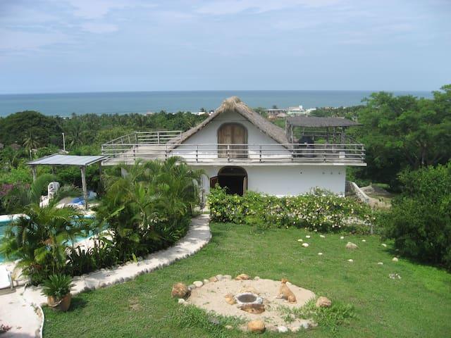 Casa Tejesuenos (Dreamweavers Hall) - Puerto Escondido - Huis
