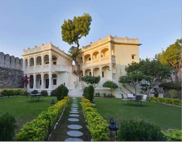 Fort Auwa Heritage Hotel - Pali - Heritage hotel (Indien)