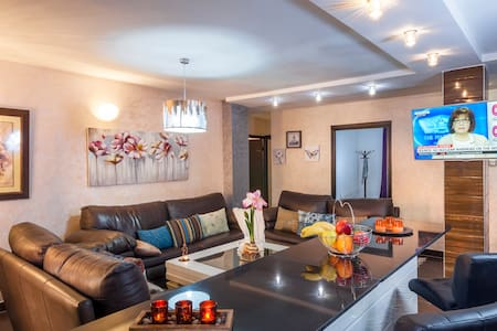 Somptuous & Luxurious Apt in Gueliz - Marrakech - Huoneisto