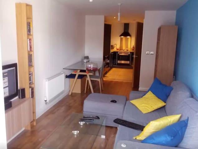 Appartement moderne bien situé - Haaltert - Apartament