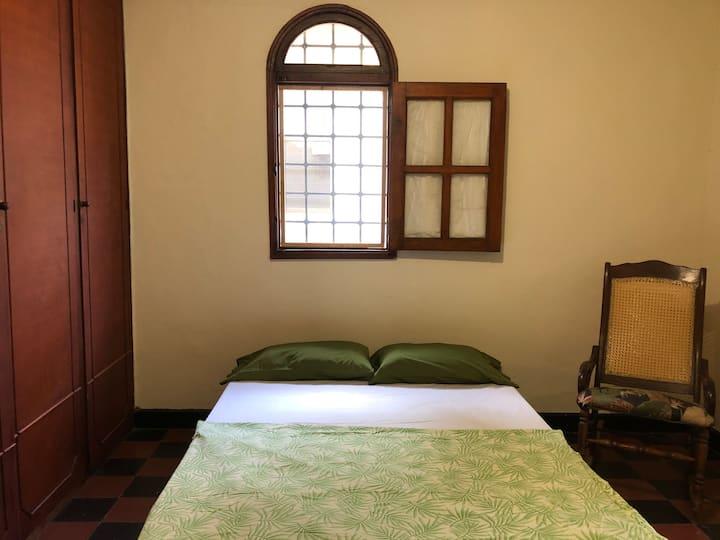 Entire apartment/bathroom/AC/Smart tv/wifi/kitchen