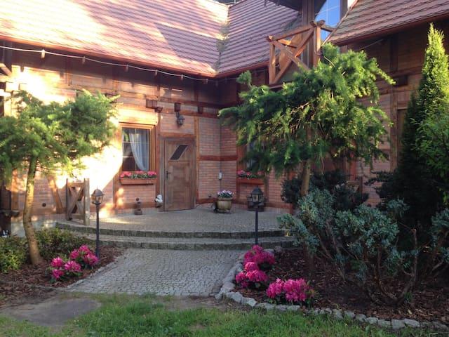 Villa Leśna 1