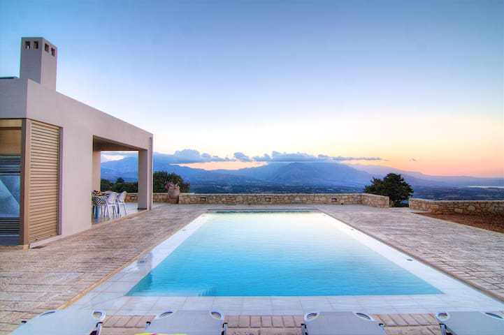Villa Nelia , breathtaking seaview and sunsets !