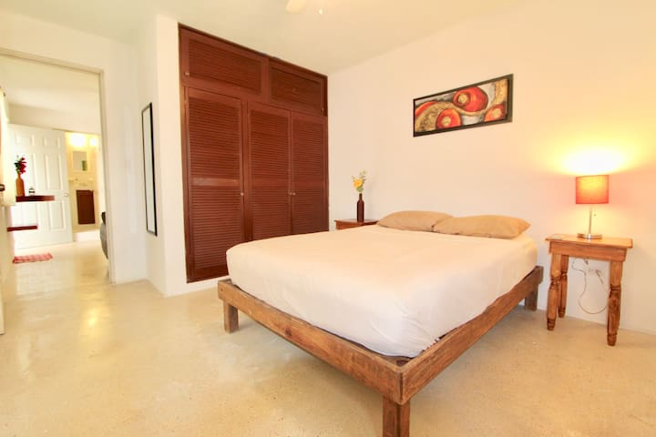 Suite - Top location A/C, Wifi #5F - Playa del Carmen