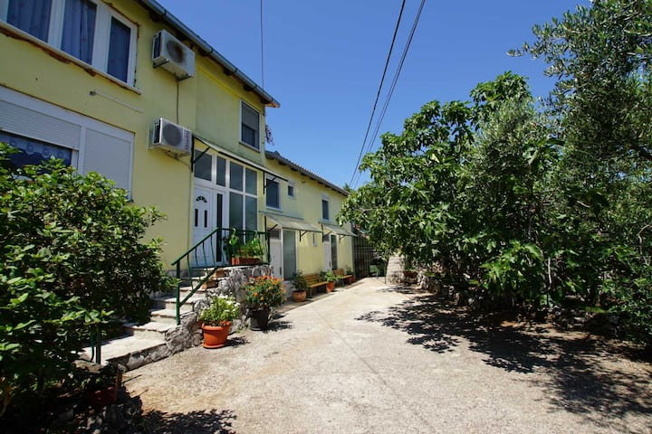Terra Viva Grapevine Apartment