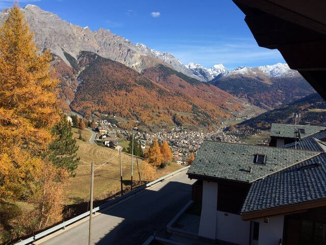 Cosy flat stunning views minutes from Bormio