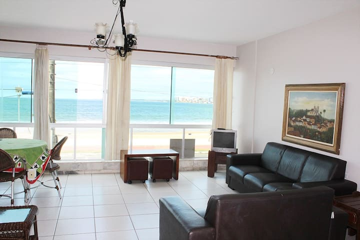 Apartamento de frente para a Praia do Morro! - Guarapari - Appartement