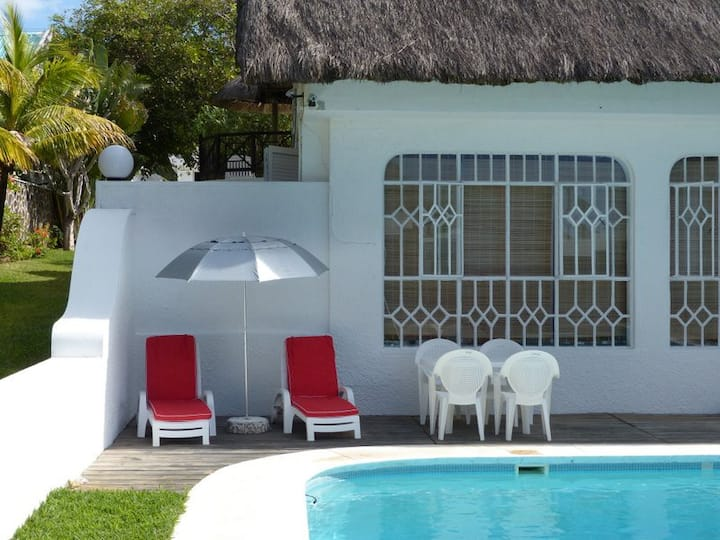 Villa Louisiane 2 : RDC avec piscine proche mer