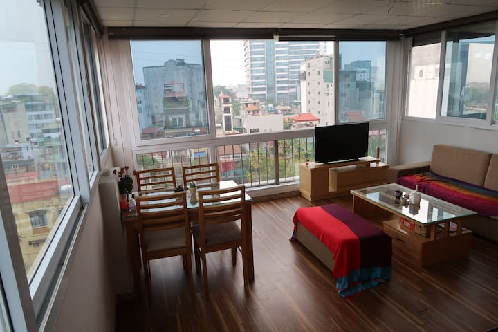 Open Aired Apartment with Beautiful View - Hanoi - Leilighet