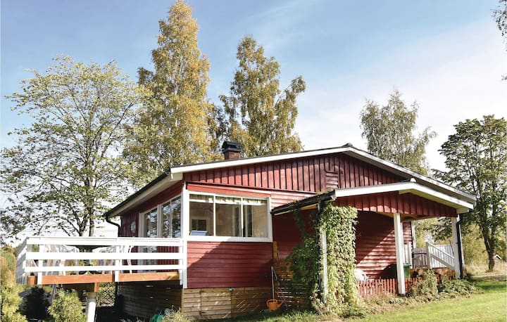 Amazing home in Årjäng with WiFi and 3 Bedrooms