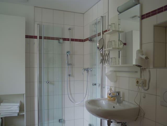 Ferienhaus Gebind (Kranichfeld) - LOH05487, Ferienwohnung 2, 65 qm, 2 Schlafzimmer, max. 6 Personen