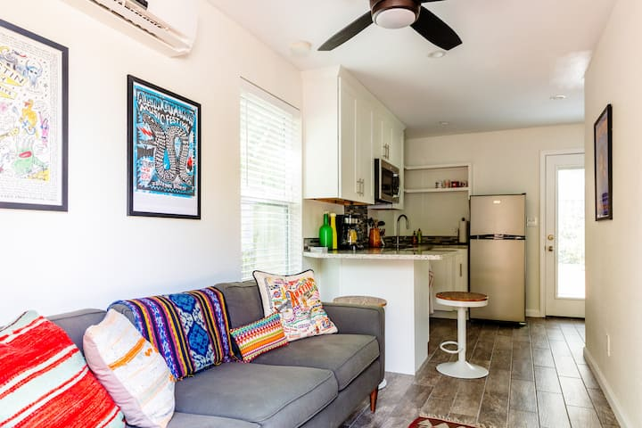 The Zilker Guesthouse - Walk to Barton Springs