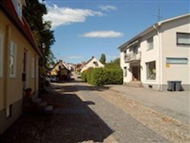 Marklägenhet i centrala Sölvesborg.