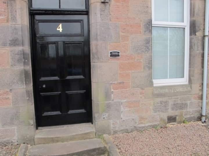 Royston Apartment Carlton Terrace Inverness