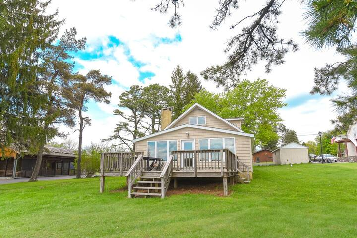Lakefront Cottage w/Private Dock, Wood Fireplace, & Foosball Table!