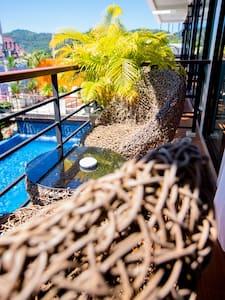 池景阳台房沐浴阳光36平米,享受海岛太享受,中文行程管家服务 奇迹屋NO.5 - 拉威(Rawai) - 其它