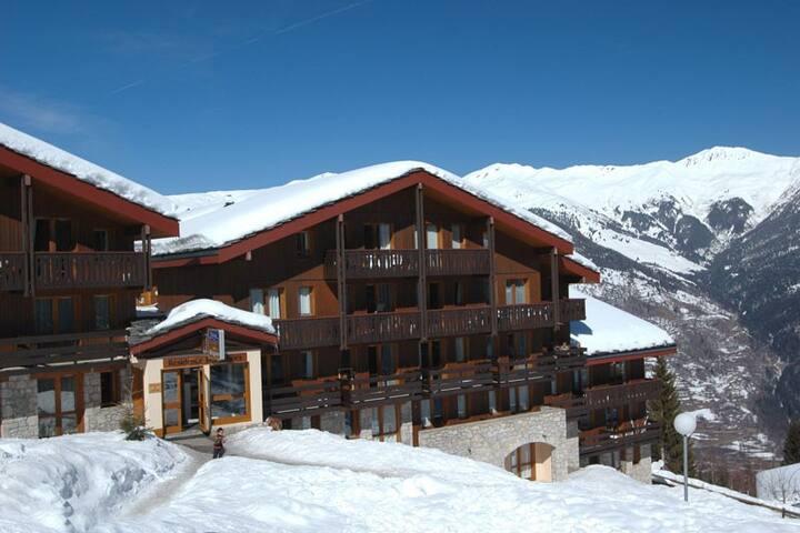 Apartment in Courchevel Village (Ski In - Ski Out)