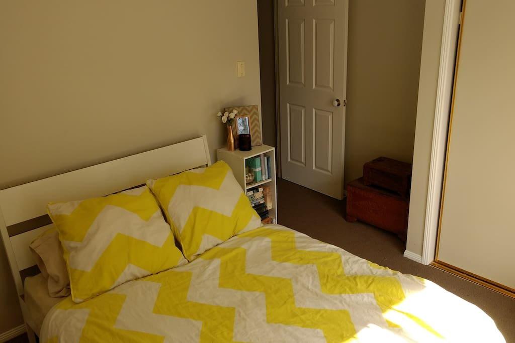 1st bedroom, double bed, built-ins