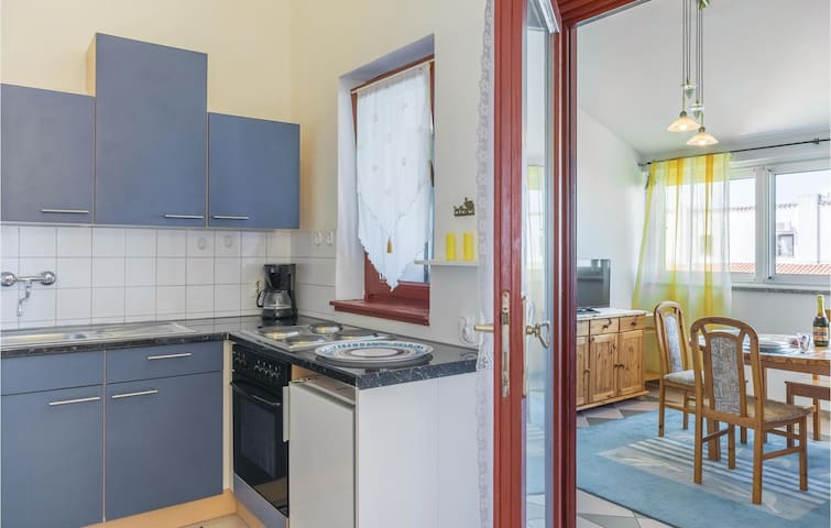 Holiday apartment with 2 bedrooms on 47 m² in Barbariga