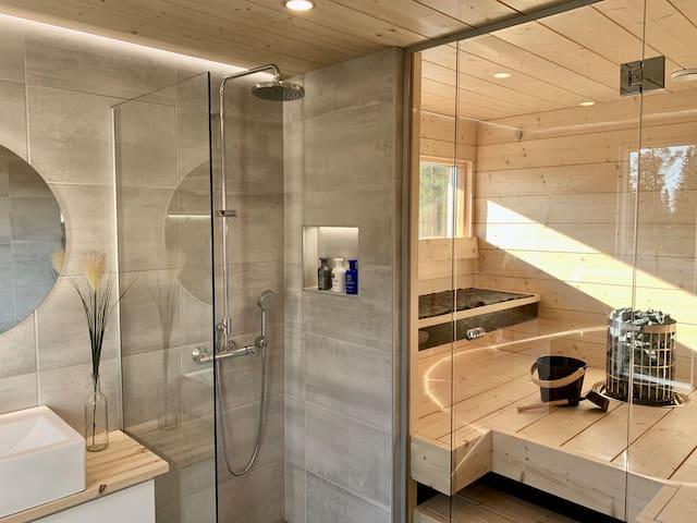 Country Home / Spa-saunaosasto ja upea pihapiiri