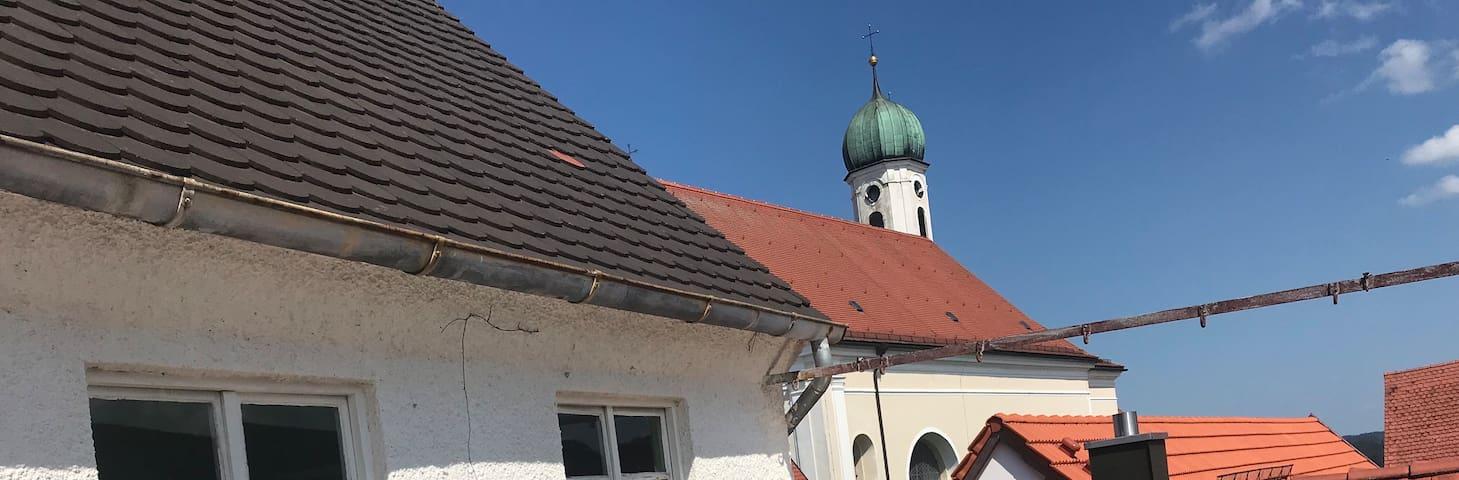 Charmante Altbauwohnung im Herzen Schongaus - Z1
