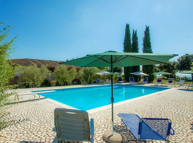 Casa Gianna, detached house with 14x7 meter pool