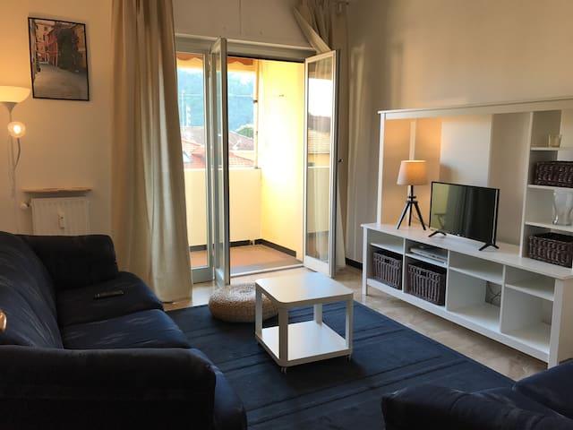 Ampio trilocale con posto auto - Sestri Levante - Apartamento