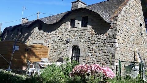 Breton farmhouse - 100m Bétahon Ambon beach