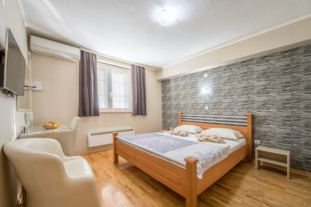 【F Apartments】- Bedroom for 2