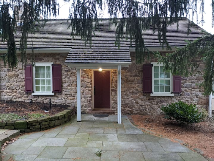 Quiet Country Church, sleeps 2-4, East Earl, PA