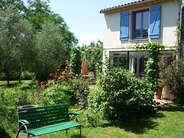 Maison sur jardin arboré avec piscine à Pamiers - Pamiers - Huis