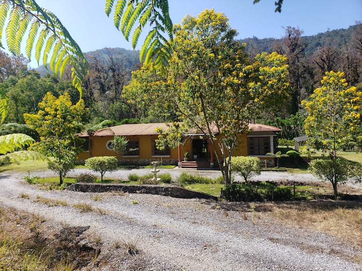 Casa para 15, cerca Biotopo, solo fines de semana