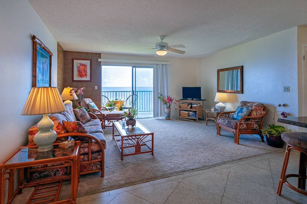 Comfy living room at our Alii Kai 3103 unit