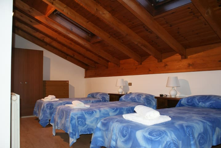 MARIVA  Holidayhome - Mountain, Garda Lake & More - Cavedine
