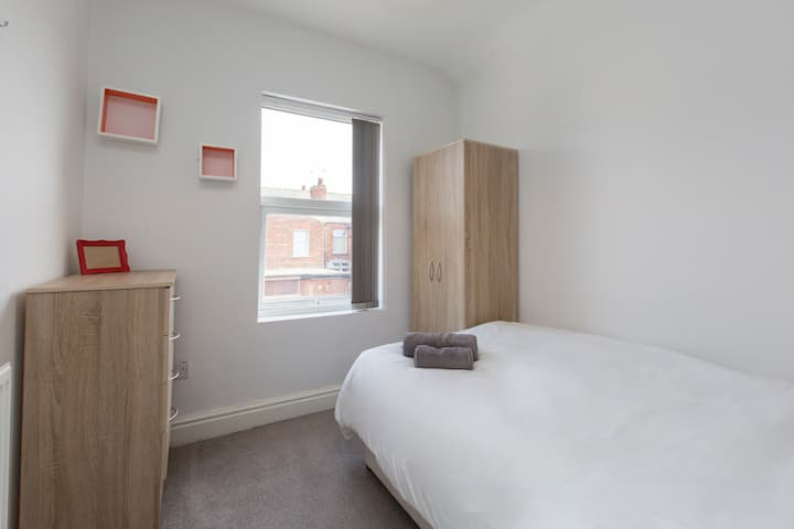 Townhouse @ Electricity Street - Double Room