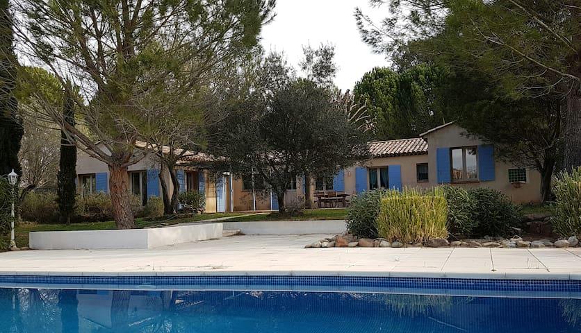 Villa provencale de standing récente proche Fréjus - Le Muy - Maison de vacances
