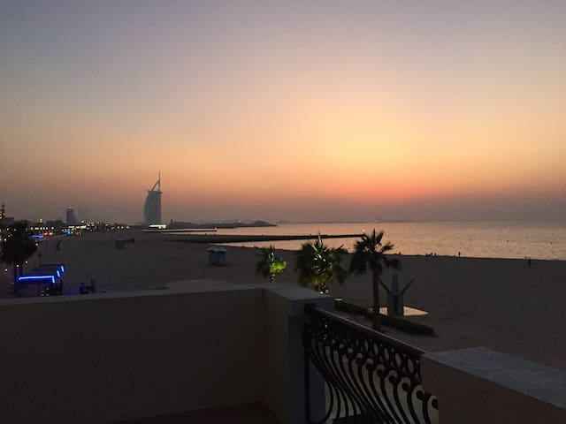 Full sea view Beach Villa***** - Dubai - Villa