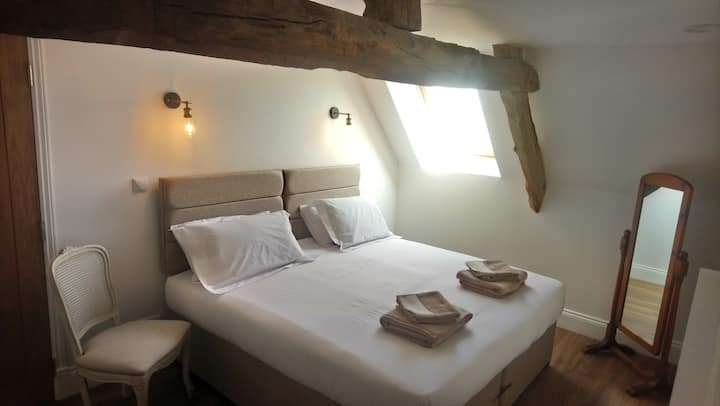 Super king size room with private Shower room
