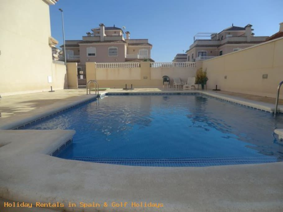 ea_3_bed_house_for_rent_torre_de_la_horadada_pool_
