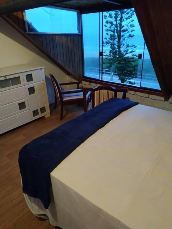 Q31 - Quarto Conforto com vista para o mar