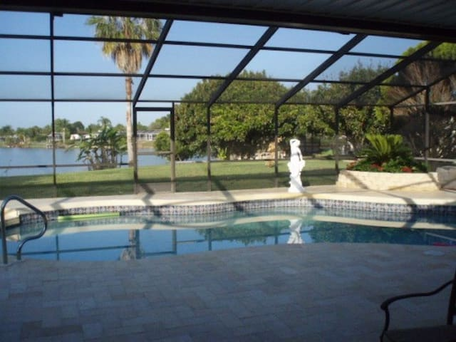 Lakeside Home - Port Richey - Casa