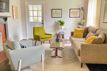 Modern, Pet-Friendly Retreat, Named Best BnB in Bham